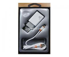 Ronin R-730 Qualcomm 3.0 Quick Charger - White Colour