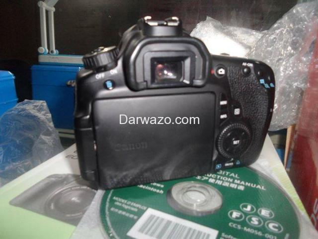 DSLR CANON 60D BRAND NEW ALMOST - 2