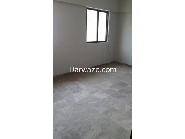 2Bed DD Shahbaz Commercial Near Hafiz 2nd Floor Prime Location - 4/9