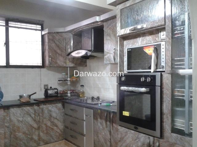 5 Room Appartment for Sale (3 Bed with attached bath, Drawing Room and Lounge) - 5/10