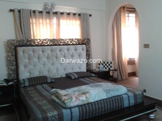 5 Room Appartment for Sale (3 Bed with attached bath, Drawing Room and Lounge) - 10/10