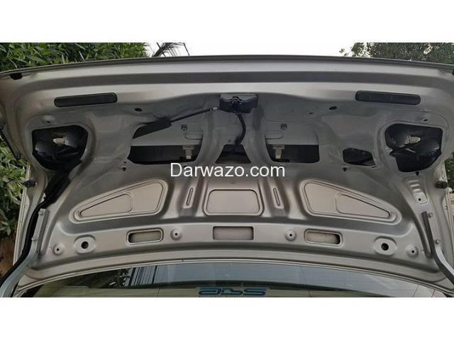 Honda Civic Reborn VTi Oriel 1.8 i-VTEC 2009 M/T - 7/10