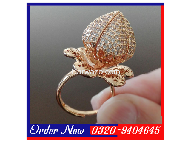 GOLD-PLATED Blooming Flower Ring With Pear Cut Zirconia - Wommen - 1