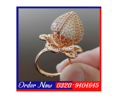 GOLD-PLATED Blooming Flower Ring With Pear Cut Zirconia - Wommen