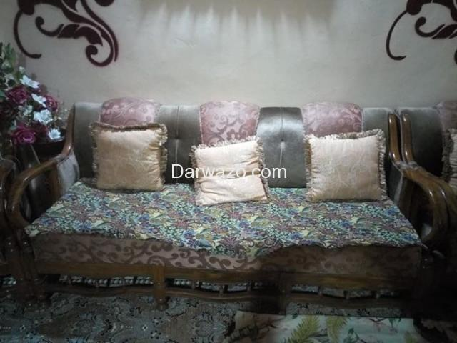 Sofa Set for Sale - Excellent Condition - Karachi - 3
