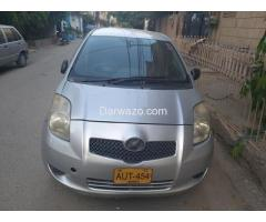 Toyota Vitz 1.0 for Sale - Karachi