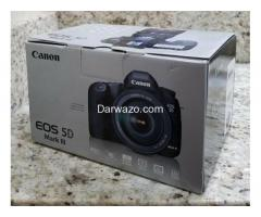 Canon EOS 5D Mark III Strap, BL-5DIII, Battery Charger, Field Guide, Low Shutter - Image 2