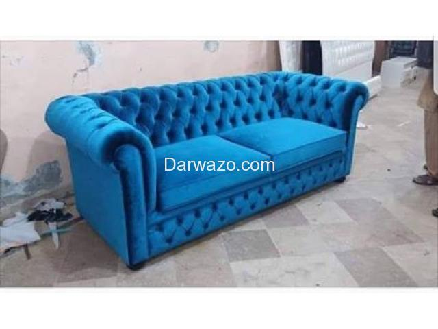 Chester sofa for Sale - 4