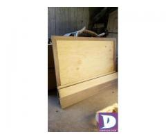 King Size Bed and 2 Side Table for Sale